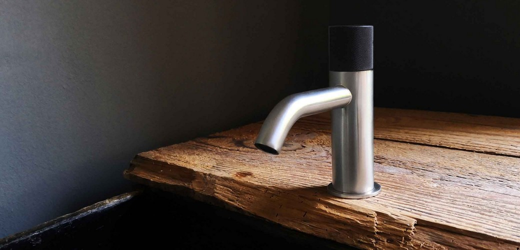 antonio frattini produces high class faucets, washbasin mixers and shower mixers